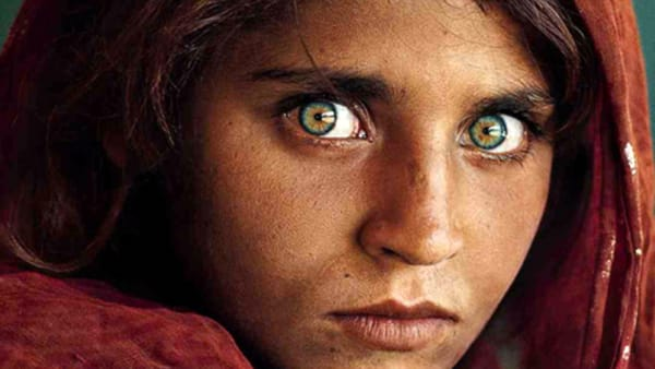 Steve mccurry icons la mostra al castello visconteo di for Steve mccurry icons