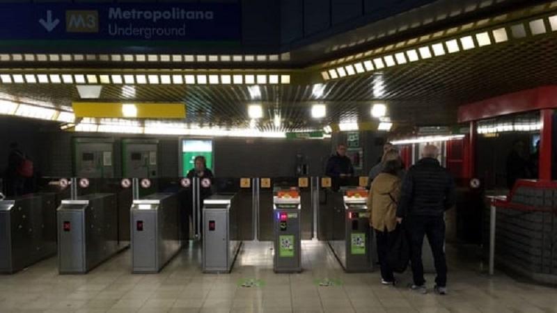 entrare in metro senza biglietto
