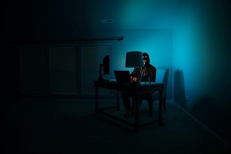 manager milanese arrestato dark web
