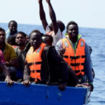 La Versione del Venerdì. L'Europa lascia sola l'Italia sui migranti