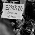 La Versione del Venerdì. Il fascino dell'autoritarismo è il fallimento delle nostre democrazie